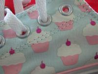 Cupcake Chucks!